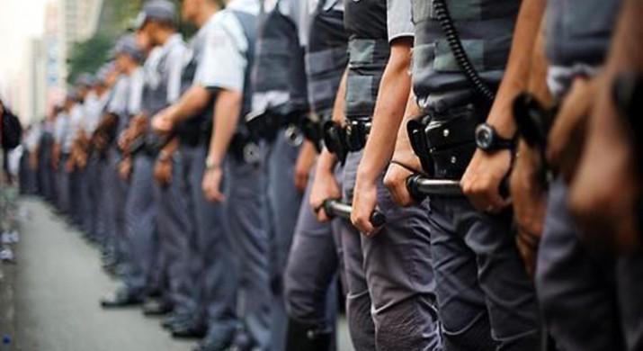 Shoppings vão pedir na Justiça proteção policial para o período da Copa