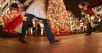 o-CHRISTMAS-SHOPPING-facebook