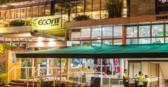 Fachada da Ecofit, academia com proposta ecológica, sustentável e bem-estar